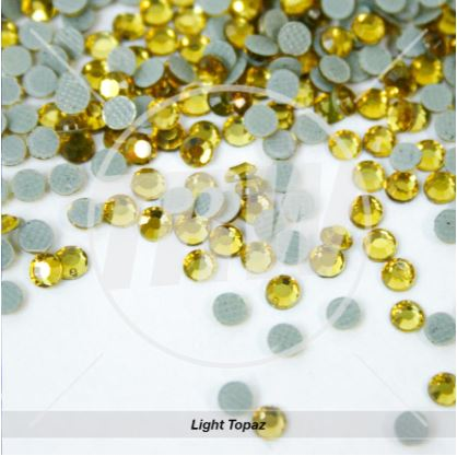 Hot-Fix Light Topaz SS6 Rhinestones 100-Gross