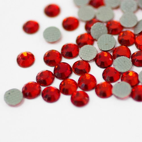 Hot-Fix Light Siam SS16 Rhinestones 200-Gross